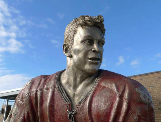Bobby Hull Sculpture